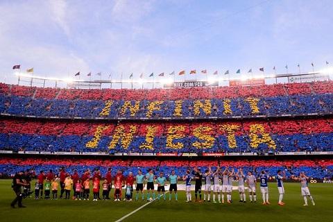 Chùm ảnh Những khoảnh khắc đẹp trong ngày Iniesta chia tay Barca hình ảnh