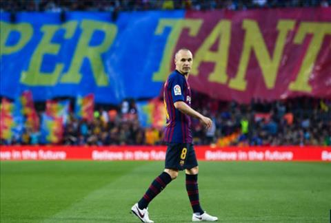 Những khoảnh khắc cuối cùng trong ngày Iniesta chia tay Barca ảnh 3