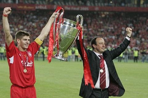 Benitez ca ngợi Liverpool còn mạnh hơn mùa giải 2004/05
