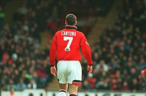 Eric Cantona: La nguoi hung ngo ngao hay la ke dien dang yeu?