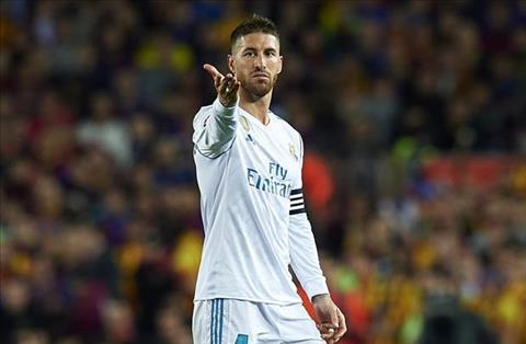 Các ngôi sao của Real Madrid không hài lòng với Sergio Ramos hình ảnh 2