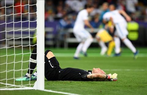5 điểm nhấn ngày Liverpool dâng ngai vàng châu Âu cho Real hình ảnh 2