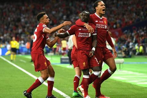 Mane go hoa cho Liverpool