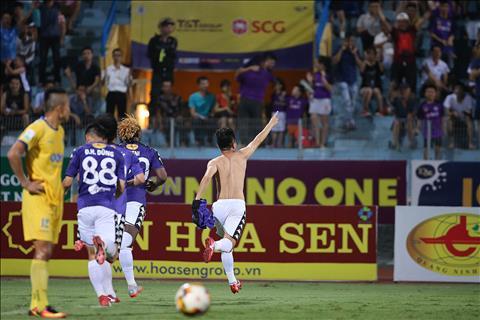 Điểm nhấn vòng 9 V-League 2018 Hà Nội phô diễn sức mạnh, HAGL hình ảnh