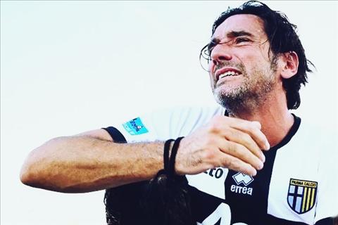 Alessandro Lucarelli: Nụ cười của chiến binh thập tự cuối cùng
