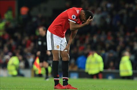Brighton 1-0 MU Su lam mom cua Mourinho dang huy hoai Rashford hinh anh