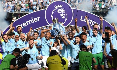 Man City vo dich Premier League 2017/18