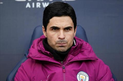 Mikel Arteta cua Man City