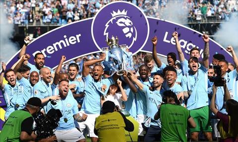 Man City vo dich Premier League 2017/18