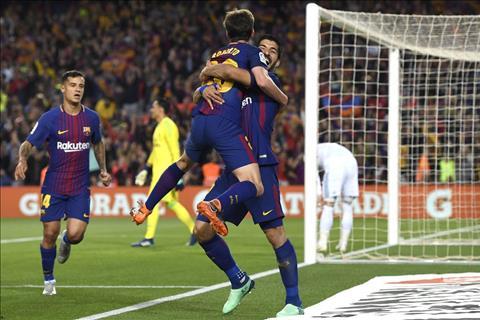 Barca tien gan toi thanh tich bat bai tai La Liga