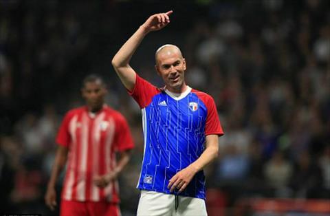 Không có chuyện HLV Zinedine Zidane dẫn dắt Bayern Munich hình ảnh 2