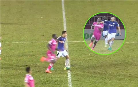 Hậu vệ Đào Duy Khánh đối mặt án treo giò sau trận thua Sài Gòn FC hình ảnh