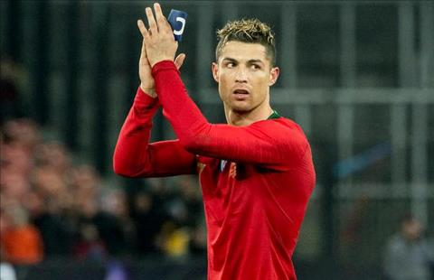Cristiano Ronaldo rời Real Madrid trở lại MU ở Hè 2018 hình ảnh