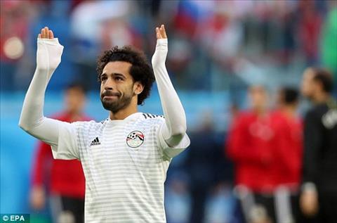 Khong phu su ky vong cua cac CDV, Mohamed Salah duoc ra san ngay tu dau.