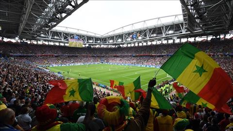 Goc khan dai noi tap trung CDV Senegal bung no.