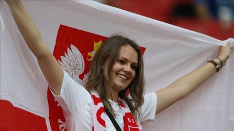 Mot CDV Ba Lan gay an tuong voi ngoai hinh xinh dep.