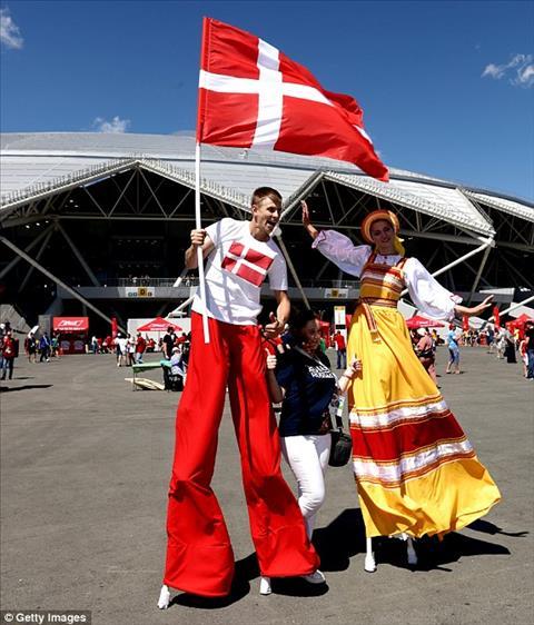 Chuột túi xuất hiện trên khán đài trong ngày Australia hòa Đan Mạch hình ảnh 2