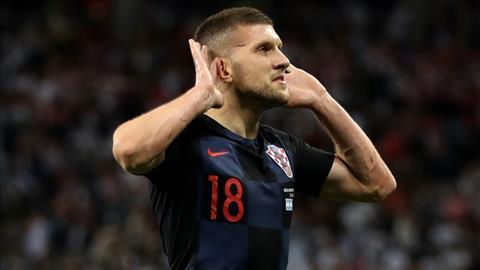 Hủy diệt Argentina, tiền đạo Rebic coi thường Messi hình ảnh