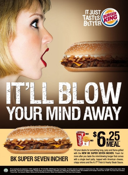 Burger King Singapore loi dung hinh anh phu nu dang ha mieng va chu Blow - co nghia la thoi va de bi hieu nham mang tinh goi duc trong khau hieu quang cao san pham moi. Anh: Adweek.