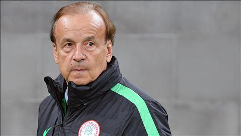 Gernot Rohr phat bieu ve tran Nigeria vs Iceland