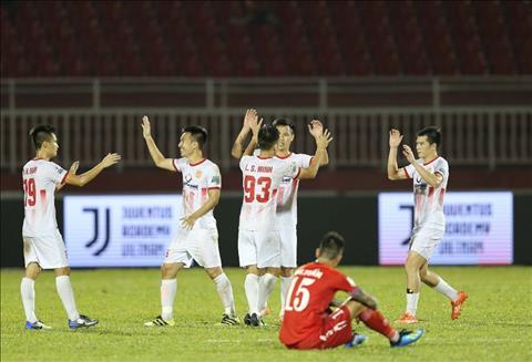 Sau vòng 15 V-League Nóng cuộc đua trụ hạng hình ảnh
