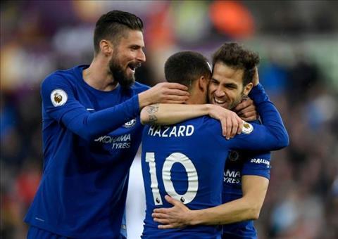 Fabregas phát biểu về Hazard và tin đồng đội có thể hay hơn hình ảnh