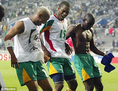 Dieu nhay noi tieng cua cac cau thu Senegal nam 2002.