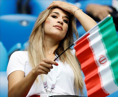 Trong so hon 15.000 CDV Iran den Nga trong dip World Cup 2018, nu gioi chiem phan khong nho.
