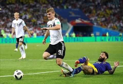 Cầu thủ Thụy Điển bị dọa giết sau khi góp sức cho tuyển Đức hình ảnh