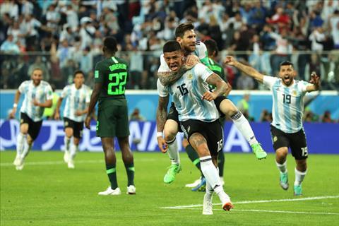 Argentina vượt qua Nigeria Đẳng cấp hay trò lố của FIFA hình ảnh 2