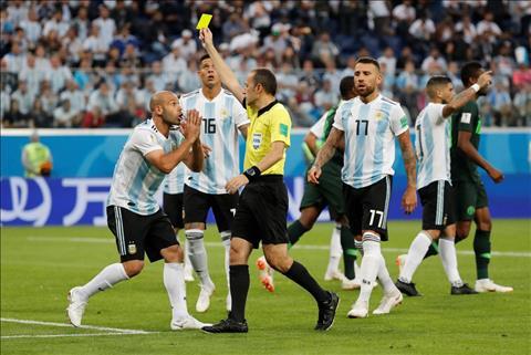 Messi đưa Argentina vượt qua cửa tử Luôn là một ngôi sao sáng chói hơn tất cả!  hình ảnh 2