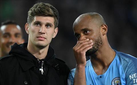 Stones phát biểu về Kompany – đội trưởng Man City hình ảnh