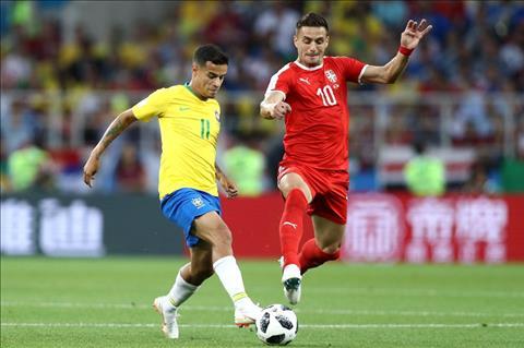 Serbia vs Brazil Coutinho di bong