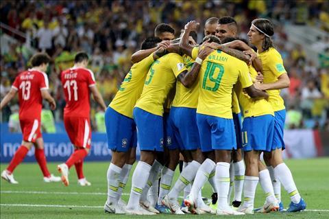 Brazil nhe nhang vuot qua Serbia