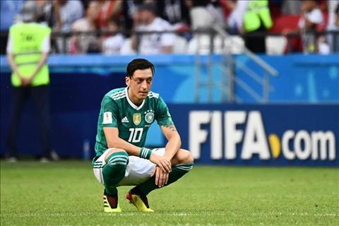 Cực sốc Mesut Ozil chia tay ĐT Đức  hình ảnh
