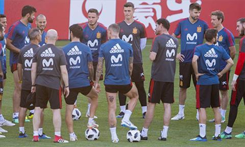 HLV Hierro chốt 5 cầu thủ Tây Ban Nha đá luân lưu 11m hình ảnh