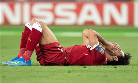 DT Ai Cap Mohamed Salah chan thuong