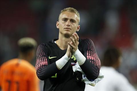 3 đội bóng Anh muốn đưa thủ môn Jasper Cillessen rời Barca hình ảnh