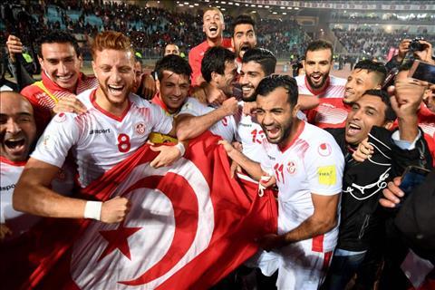 Tunisia tro lai World Cup sau 12 nam vang bong