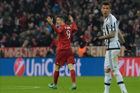 Juventus cung muon co Lewandowski