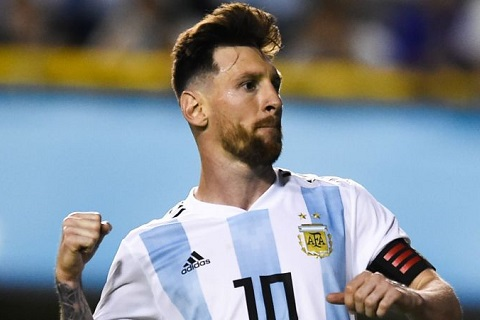 Messi tỏ ra khiêm tốn Tôi chỉ là người bình thường thôi hình ảnh