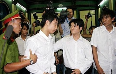 Pham Van Quyen dinh vao scandal ban do roi danh mat ca su nghiep.