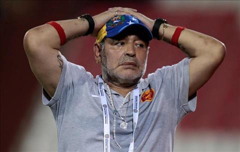 Maradona nhập viện khẩn cấp vì đau đầu gối hình ảnh