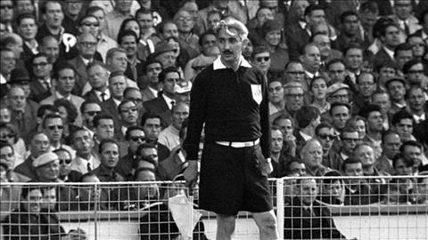 Trong tai Tofiq Bahramov la nguoi gay nen nhieu tranh cai bac nhat tai World Cup 1966.
