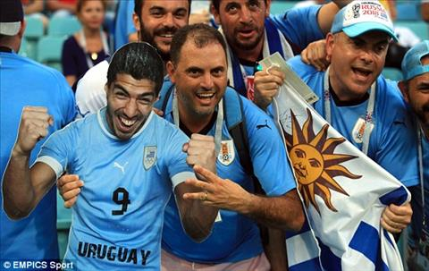 Hinh anh Luis Suarez xuat hien kha nhieu dai dien cho su ky vong cua CDV Uruguay.