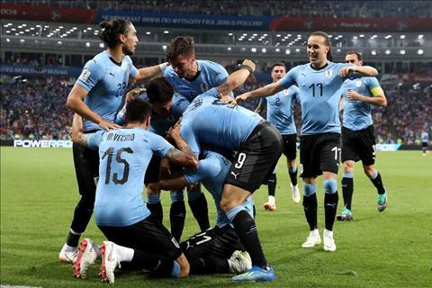 Uruguay vuot qua BDN vao tu ket