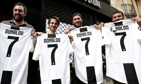 CDV Juventus chao mung Ronaldo