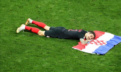 Hạ gục Anh, cầu thủ Croatia thi nhau pose ảnh ăn mừng lên MXH