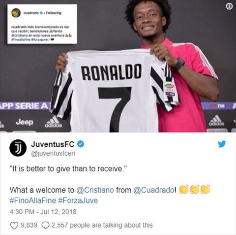 Cuadrado bị Ronaldo lột áo Người trong cuộc nói gì hình ảnh
