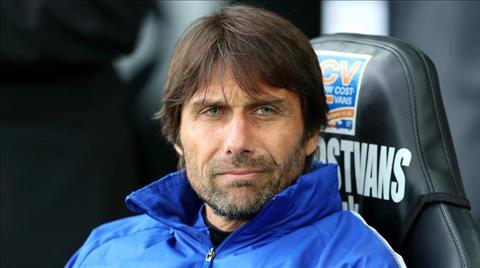 Chelsea sa thai HLV Antonio Conte truoc them mua giai moi.